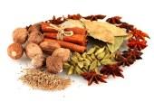 با دیابت مبارزه کنید ، ۱۷ ادویه و گیاه که با دیابت مبارزه می کنند